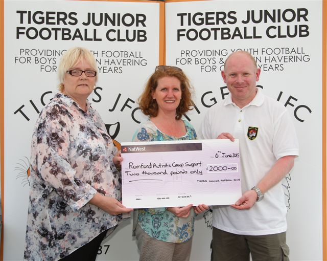 Tigers JFC Donation to RAGS